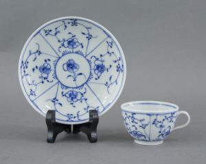 cups blue fluted pattern