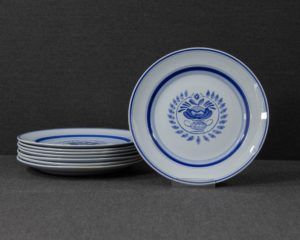 Blue rose lunch plate
