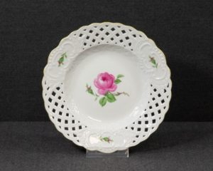 A decorative Meissen Pink Rose Plate.