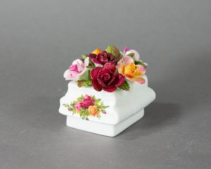 Royal Albert - 'Old Country Roses' - Floral Piece