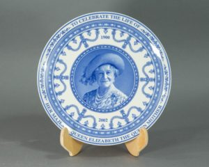 Wedgwood - 2002 Queen Mother Commemorative Plate