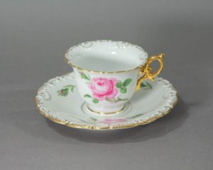 Meissen - Rote Rose - Demitasse Gilded Cup and Saucer