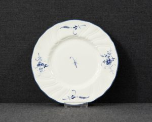 Vieux Luxembourg cake plate