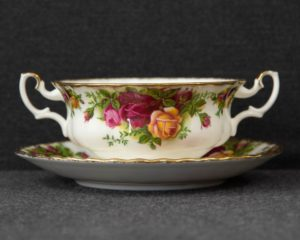 Old Country Roses soup cup