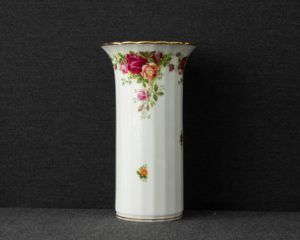 Old country roses tall vase