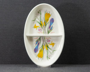 A Portmeirion The Botanic Garden Sectioned Oven Dish.