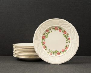 Wedgwood Rosalind lunch plate
