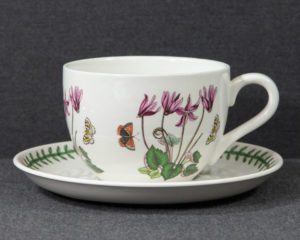 A Portmeirion The Botanic Garden 'Ivy Leaved Cyclamen' Extra Large Breakfast Cup.