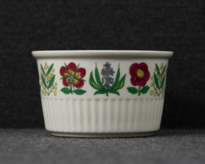 Villeroy and Boch souffle dish