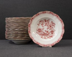 Seltmann Theresia Red Soup Plate