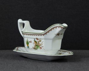Old Chelsea Sauce Boat