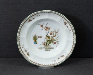 Old Chelsea soup plate